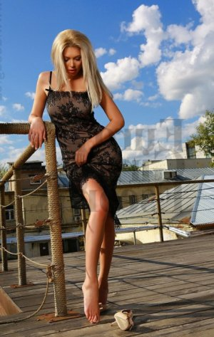 Solin milf live escort