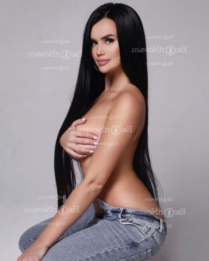 Doina escort in Midland and tantra massage