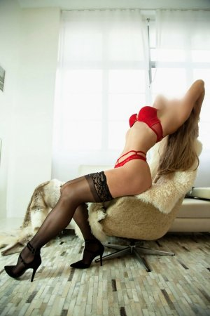 Ann-lise milf escorts in Pueblo West CO and thai massage